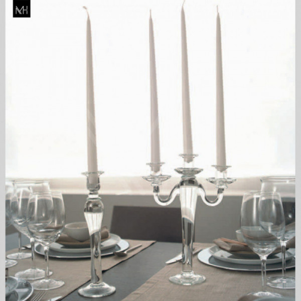 AD 922 CANDLE HOLDER